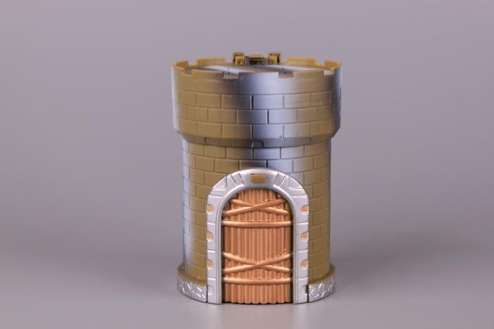 Замък изненада