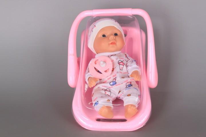 Бебе в кош-люлка