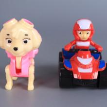 Наблюдателна кула с кученце и моторист