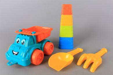 Камион за пясък с форми