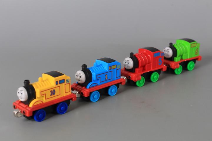 Метални локомотивчета - 4 бр