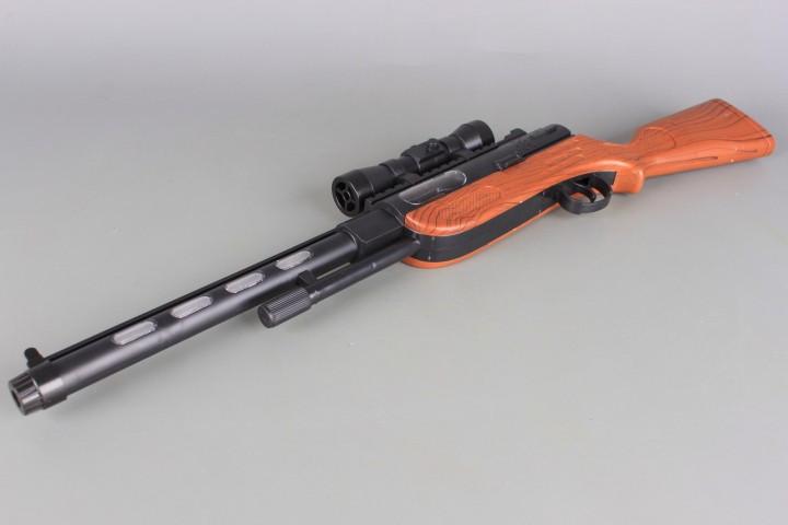 Пушка със звукови и светлинни ефекти и прожекция