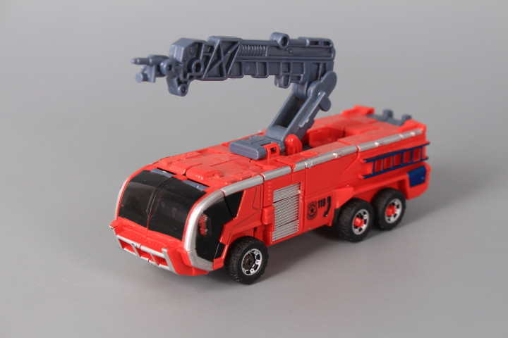 Метален трансформер Робот-пожарна машина