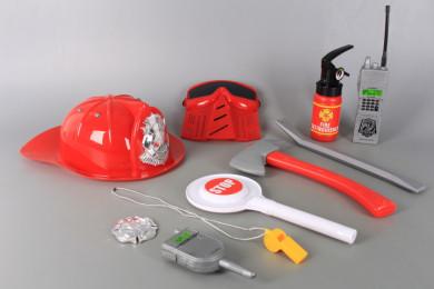 Пожарникарски комплект с каска и пожарогасител