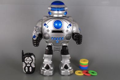 Радиоуправляем робот