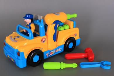 Камион с инструменти