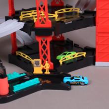 К-т Паркинг на три етажа с елеватор, 4 метални коли и хеликоптер