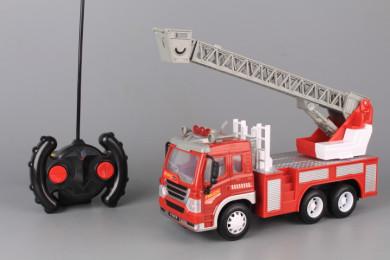 Радиоуправляема пожарна кола със зареждащи се батерии