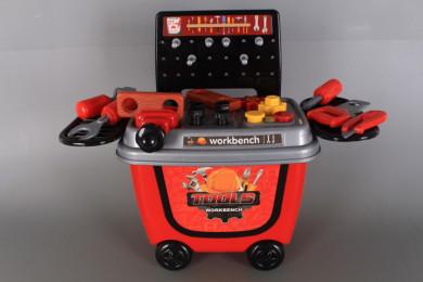 Количка-маса с инструменти
