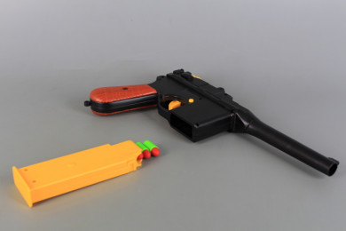 Пистолет със стрели и патрони-28 см.