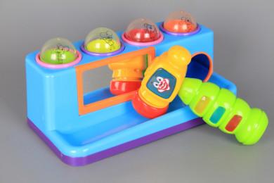 Занимателен център с топчета и чукче със звукови и светлинни ефекти