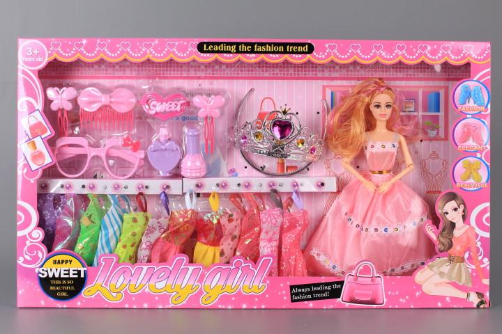 Кукла с 12 рокли и аксесоари