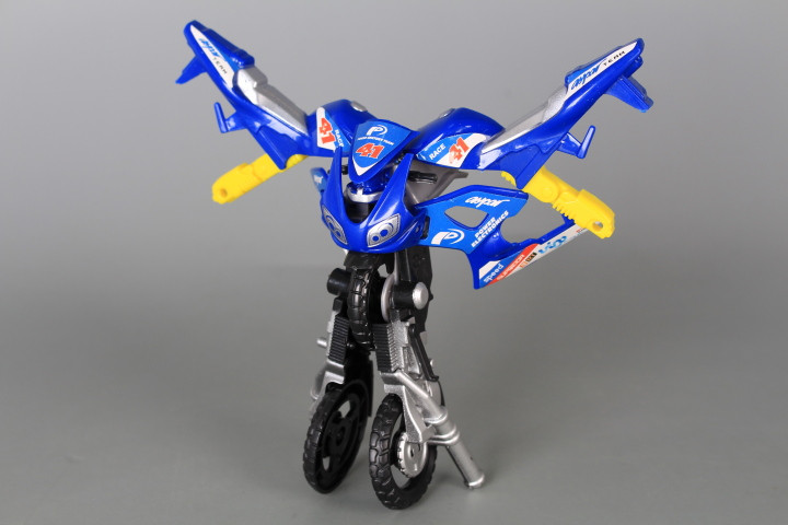 Трансформер мотор-робот