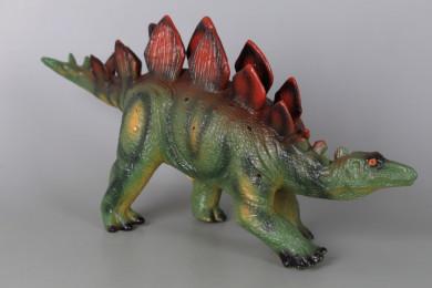 Динозавър с реалистичен звук