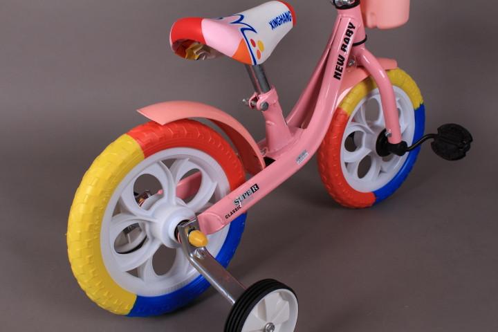 Колело с две помощни колела
