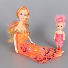 Кукла майка с детенце и допълнителни рокли