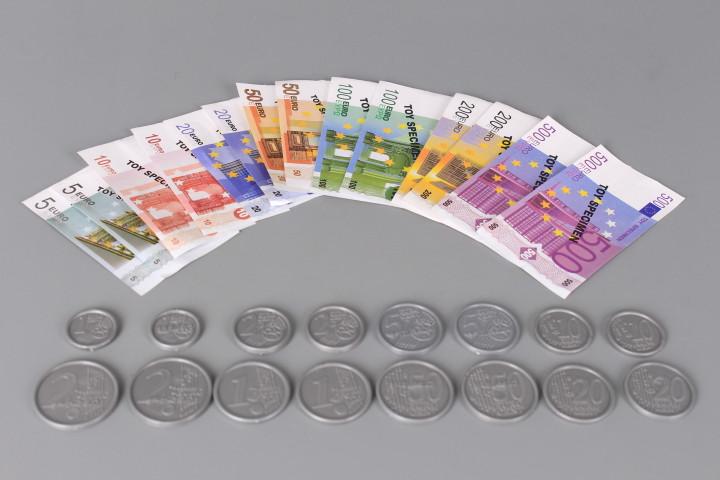 К-т Банкноти и монети
