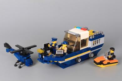 Конструктор Полицейски кораб 2 в 1- 309 елемента