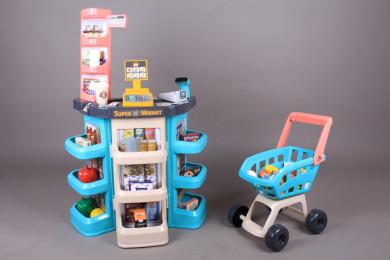 Супермаркет с количка за пазаруване