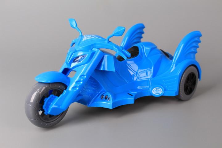 Мотор с моторист-герой и звукови и светлинни ефекти