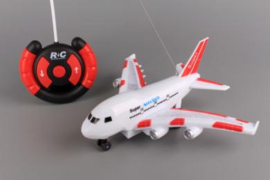 Радиоуправляем самолет