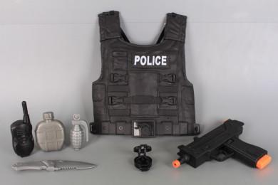 Полицейски комплект с пистолет и бронежилетка