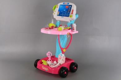 Докторски комплект с количка