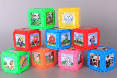 Конструктор-кубчета с картинки и думички на български език
