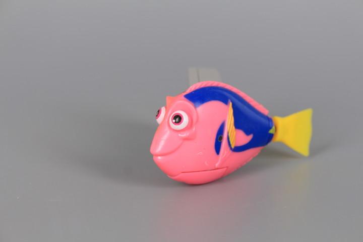 Рибка плуваща