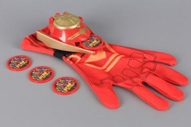 Оръжие с дискове и ръкавица