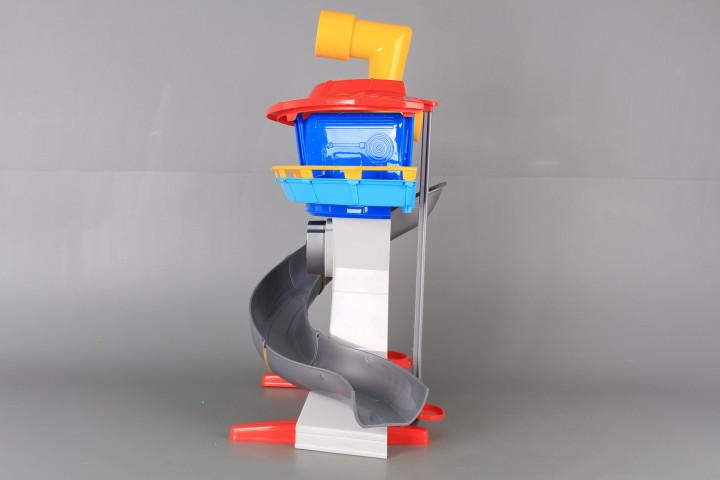 Наблюдателна кула за кученца с пързалка и перископ