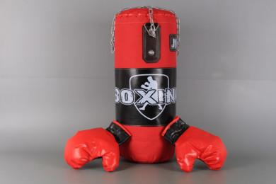 Боксов чувал и ръкавици