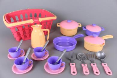 Кошница с прибори и посуда-26 ел.