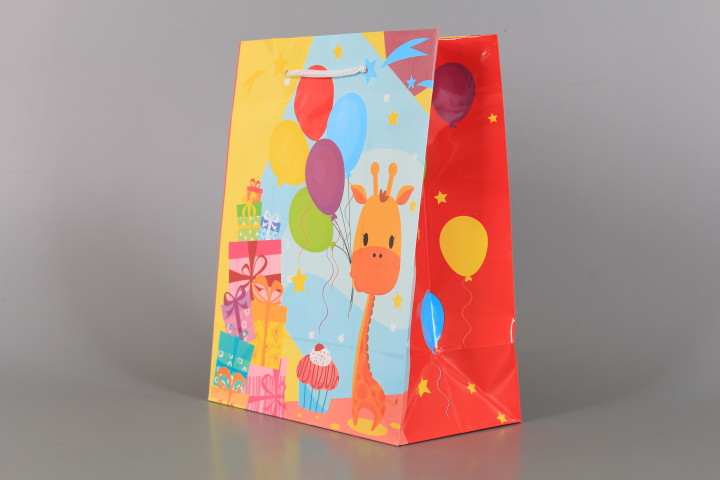 Подаръчна торбичка-бебешка 17*10*22 см