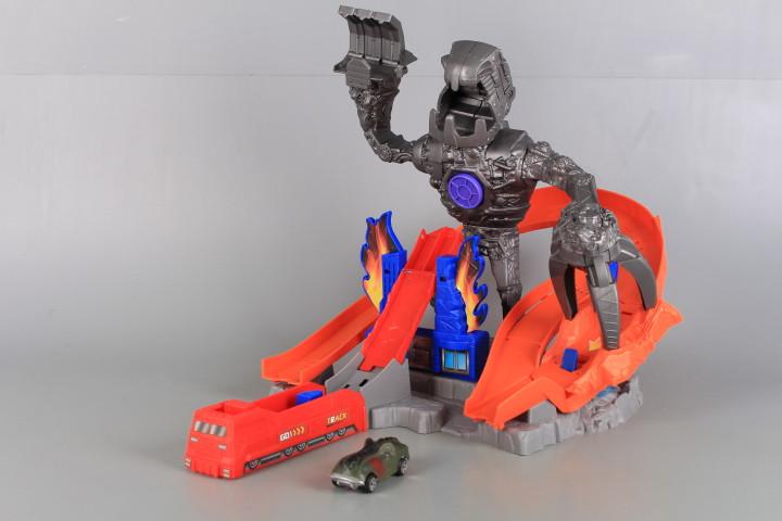 Катапулт с чудовище