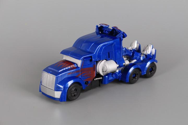 Трансформер робот/ камион