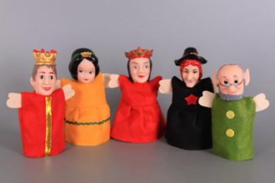 Кукли за куклен театър