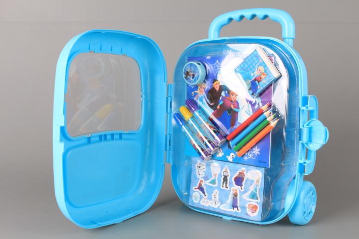 Рисувателен комплект в куфарче FROZEN