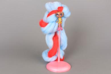 Кукла с много дълга памучна коса