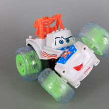 Радиоуправляема кола-акробат със зареждащи се батерии