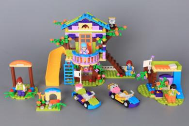 Конструктор Дърво-къща - 587 ел.