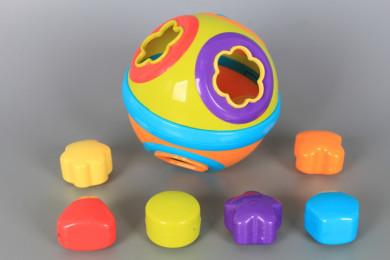 Занимателна топка с формички-сортер
