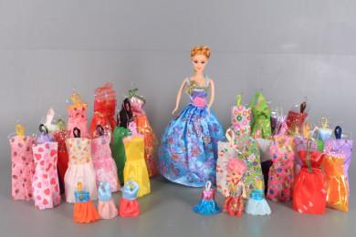 Кукли Мама и момиченце и 35 рокли