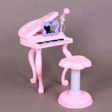 Пиано със столче