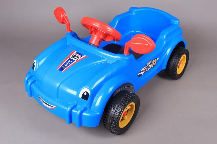 Кола с педали