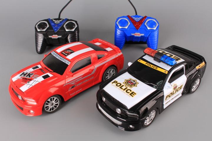 Две радиоуправляеми коли за гонки