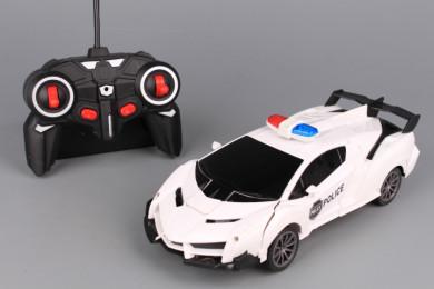 Радиоуправляема кола робот със зареждащи се батерии