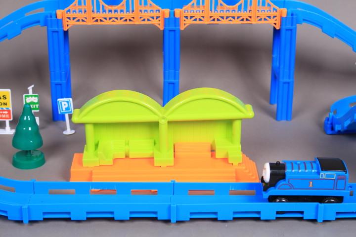 Влак и ЖП спирка