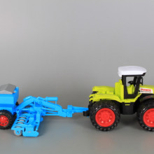 Трактор с култиватор-фрикционен