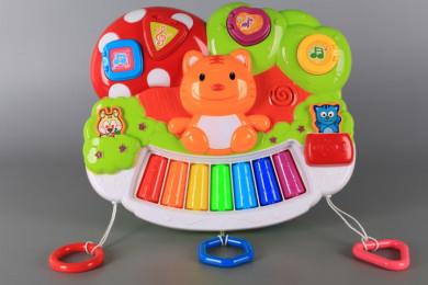 Занимателно пиано със светещи тъч клавиши